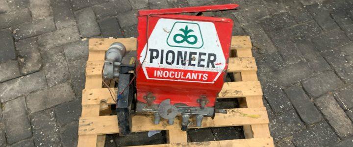 Pioneer granulaat bak